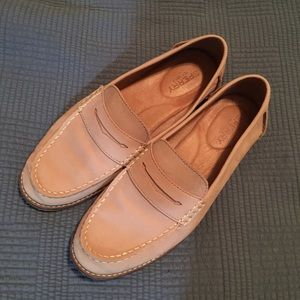 Sperry Penny loafer Size 8